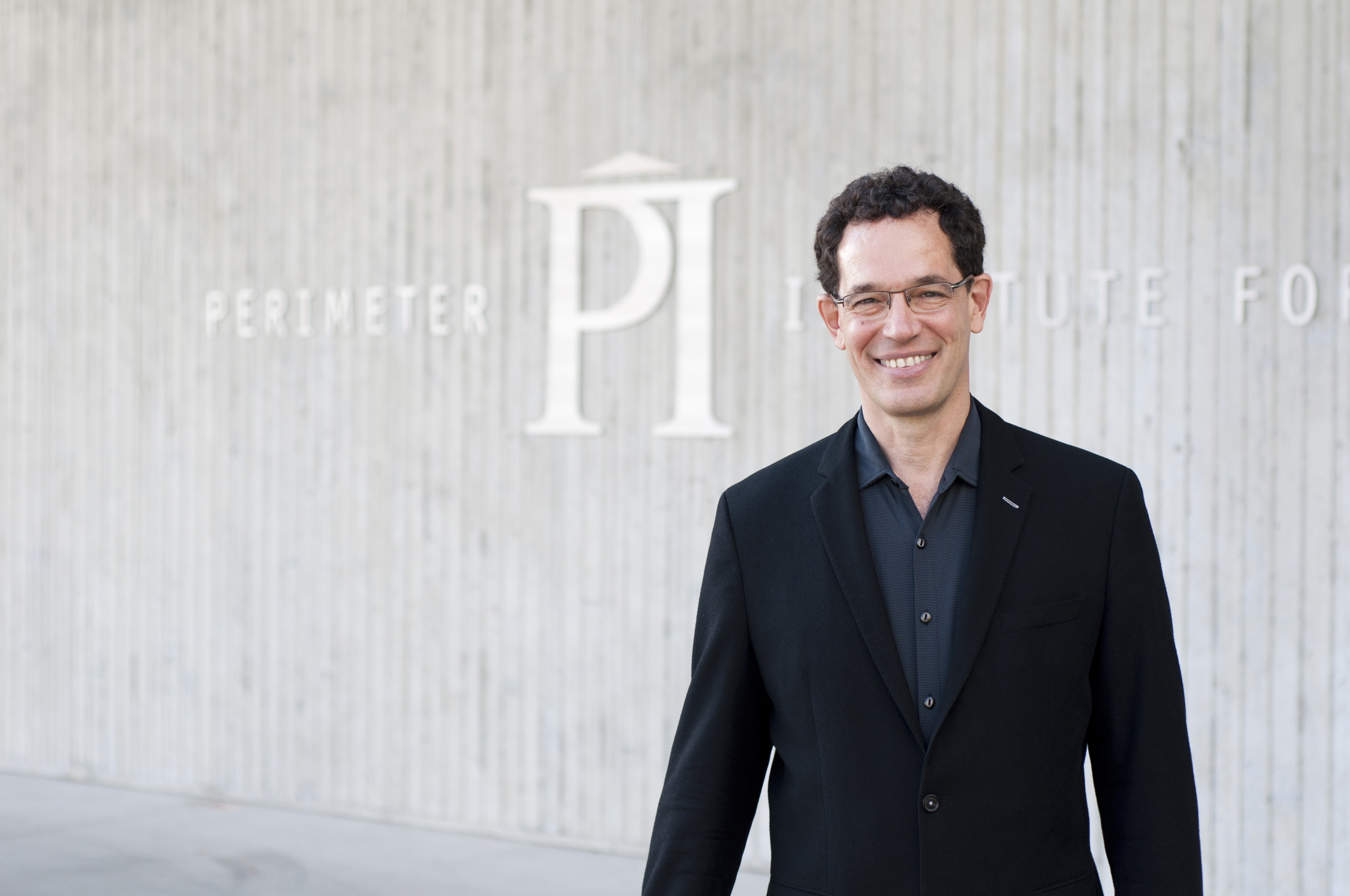 Neil Turok, Perimeter Institute's Director, wins Tate Medal from the American Institute of Physics
