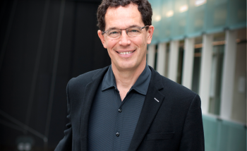 Portrait of Perimeter Institute's Director Neil Turok